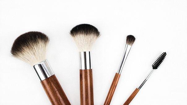 A quoi sert la base de teint pour le make up?