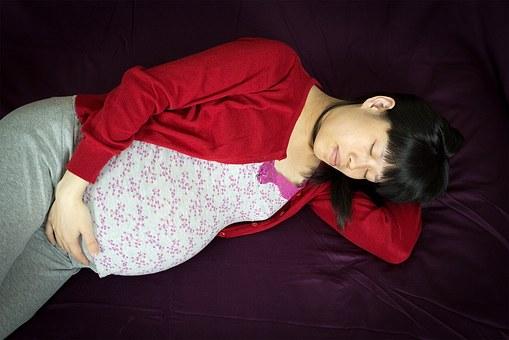 Le coussin pour l'allaitement et la grossesse