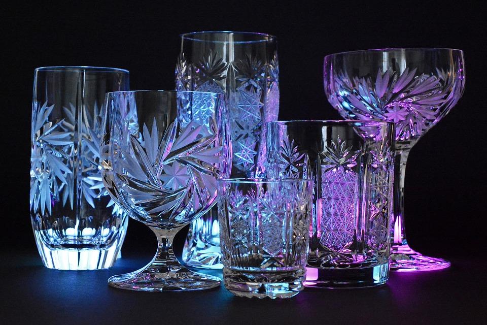Le verre en cristal, un verre approprié pour la dégustation d'un bon vin