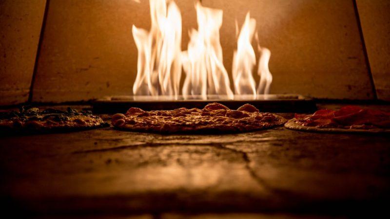 Le four à pizza électrique, un véritable outil de préparation de vos pizzas